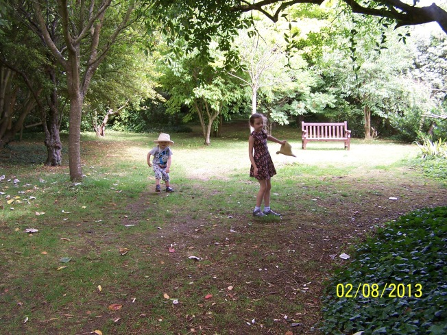 Children @ Highdown Gardens2