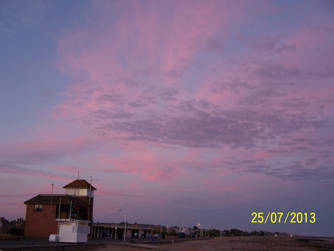 Pink clouds @ L'ton beach5