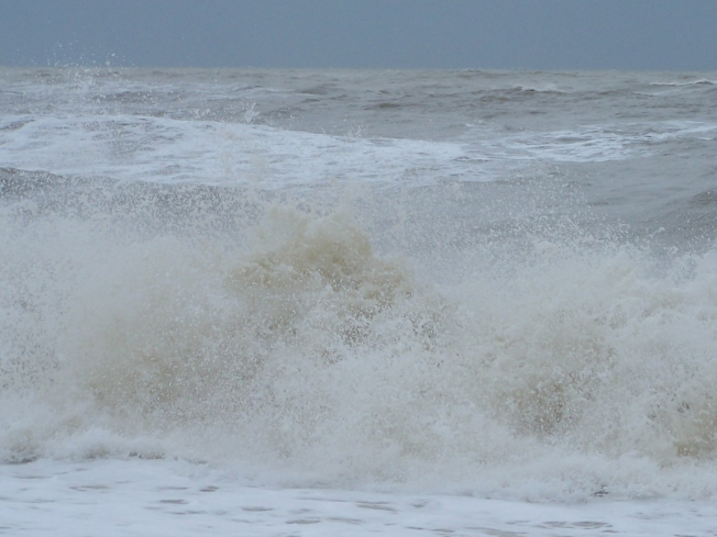 Stormy seas @ L'ton (2)