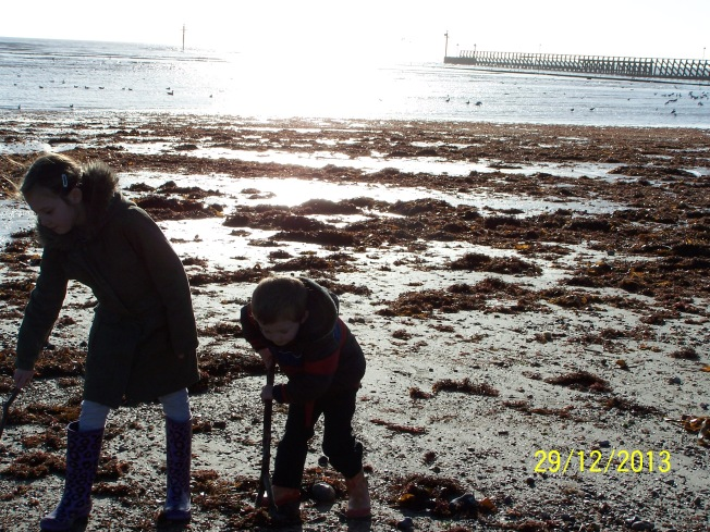 Children on the beach (2)